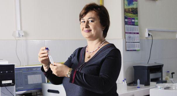 DESCOPERIRE FANTASTICĂ! Această româncă s-ar putea să salveze populația planetei de la o boală cumplită în doar 6 minute