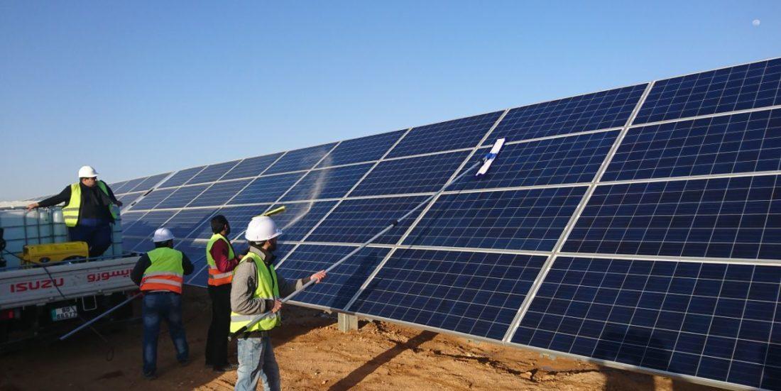 Panourile solare ar putea avea o eficienţă energetică de 80%, graţie unei inovaţii tehnologice
