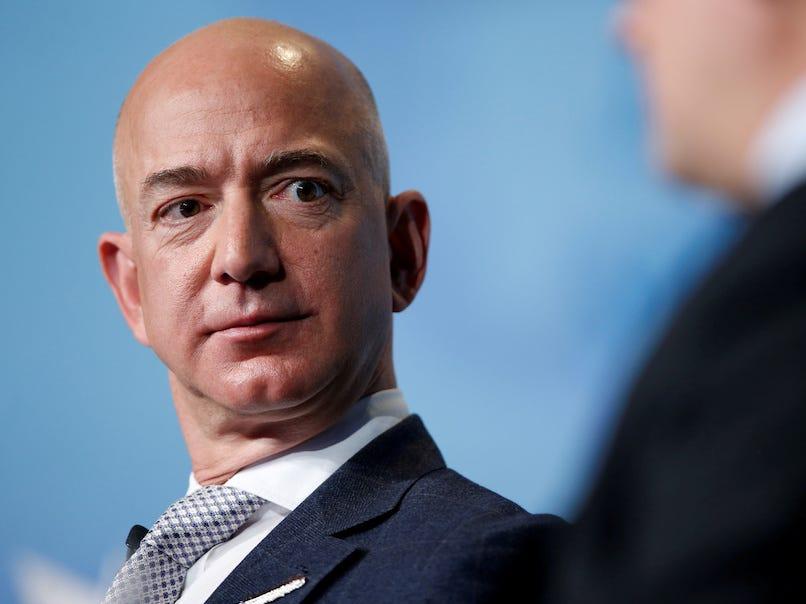 Cum a pierdut cel mai bogat om din lume 7 miliarde de dolari peste noapte