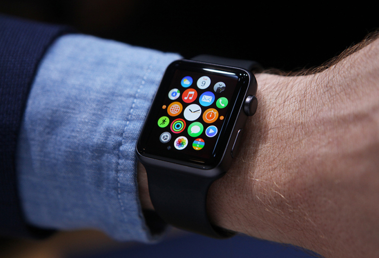 Salvat de la moarte de Apple Watch