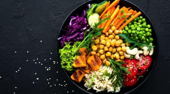 5 motive să devii vegetarian