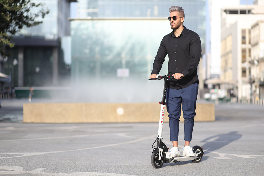 Trotineta electrica – noul vehicul electric personal perfect pentru deplasarile urbane