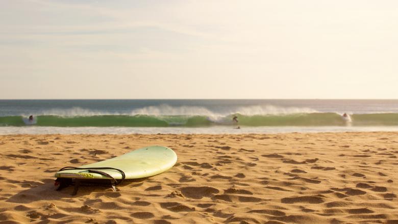 """Scenariu """"grav"""". Jumătate din plajele din lume ar putea dispărea până în 2100"""