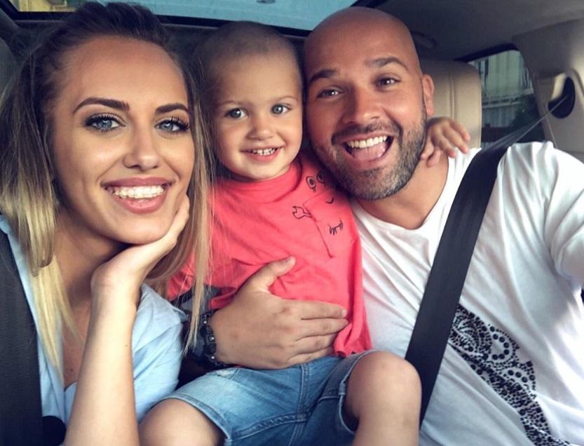 """Antonia, soția lui Andrei Ștefănescu, a răbufnit –  """"Toți imbecilii de pe Facebook…"""" Ce a supărat-o atât de tare:"""