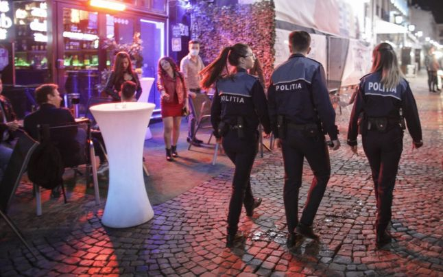 Poliţiştii au aplicat amenzi usturătoare mai multor cluburi, terase, baruri, restaurante şi săli de jocuri şi pariuri sportive