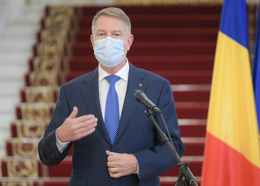 """Klaus Iohannis, prima conferință de presă din acest an. """"Mă voi vaccina public vineri, 15 ianuarie."""""""
