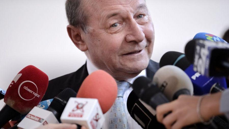 """Traian Băsescu aruncă bomba: """"Ne îndreptăm spre o catastrofă! Nu e joacă!"""""""
