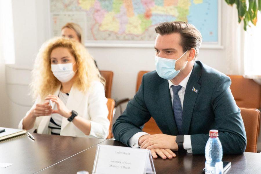 """Andrei Baciu a vorbit despre a treia doză de vaccin Sars-Cov-2: """"Va fi nevoie să avem dovezi ştiinţifice robuste în spate"""""""